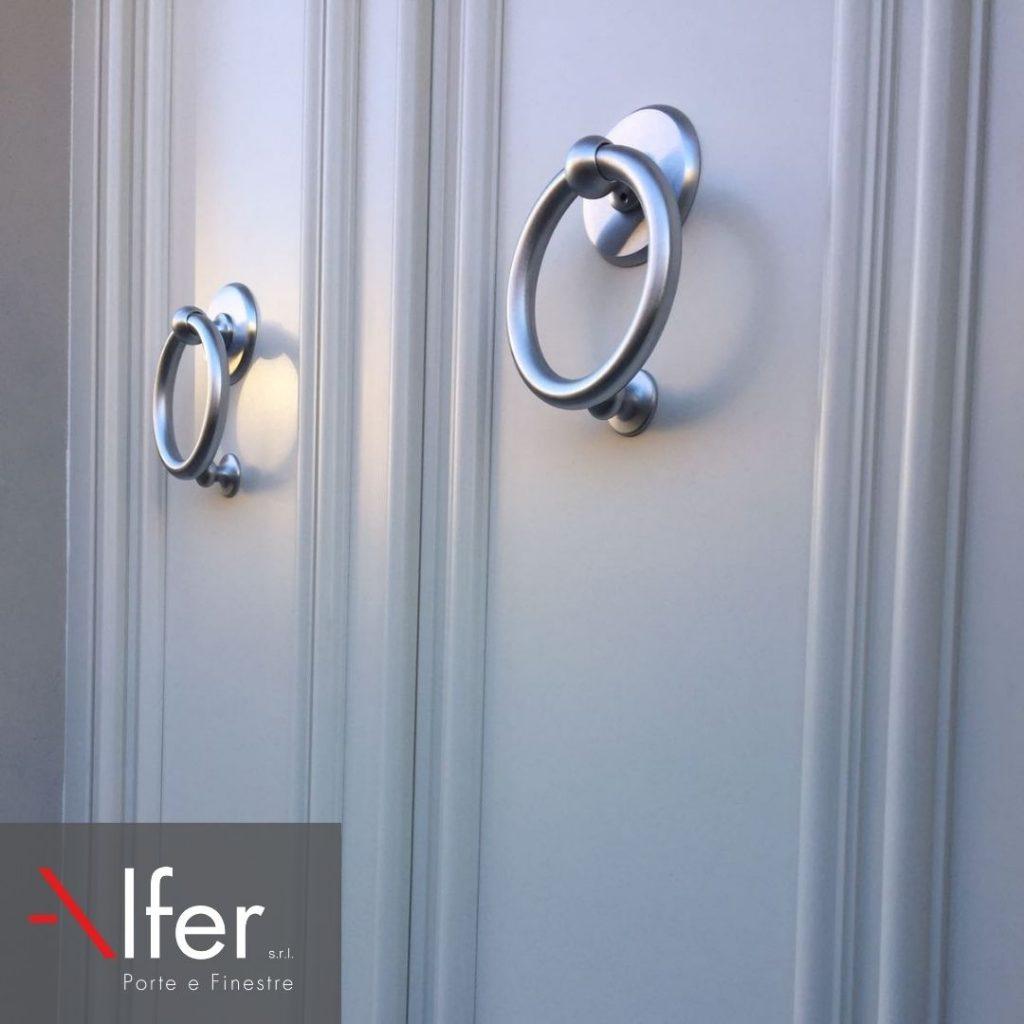 Dettaglio-portone-ingresso-in-alluminio-alfer-castelfiorentino